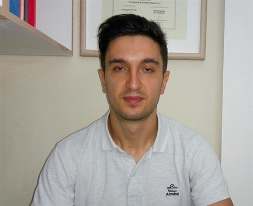 O Physiotherapist Giannis Andreas